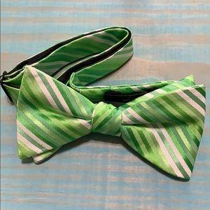 J. Ferrar Men's Bow Tie EUC
